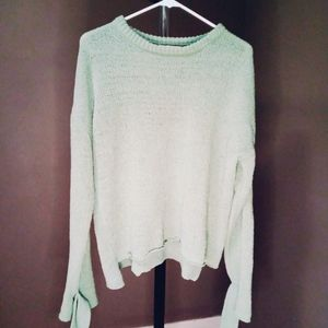MINT BELL SLEEVED SWEATER